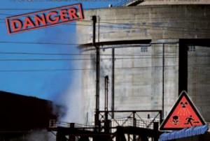 Campagne pour l'arrêt de la centrale nucléaire de Tricastin, France. Photo next-up.org